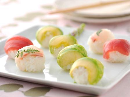 アボカドの手まり寿司
